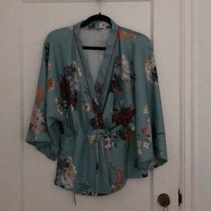 Chic Blue Kimono Top Barely Worn
